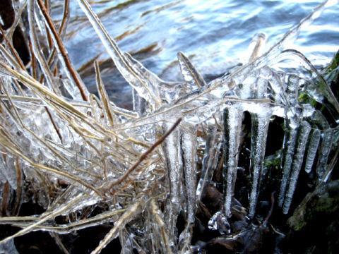 jäätä